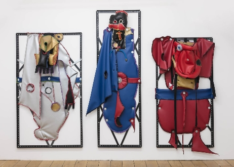 Southard Reid; R.M. Fischer, Triptych, 2015, vinyl, fabric, thread, polyester fiberfill, steel, rubber, brass, (76 x 93 x 15 in) 193 x 236.5 x 38 cm, Courtesy The Artist and Southard Reid, Photo credit: Mark Blower